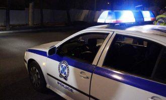 Συνελήφθησαν τα μεσάνυχτα εφοπλιστής και ο γιος του στον Πειραιά