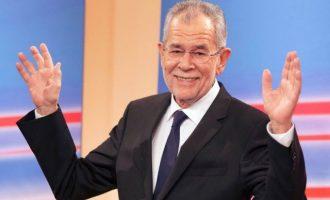 Ο Αυστριακός Πρόεδρος αρνείται να ορκίσει κάποιους ακροδεξιούς σε υπουργούς