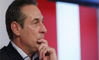 Βίντεο «καίει» τον Αυστριακό αντικαγκελάριο και ακροδεξιό Στράχε