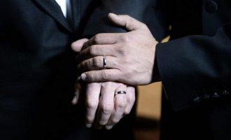 Δημοσκόπηση: Το 70% των Ρεπουμπλικάνων τάσσεται υπέρ του γάμου ομοφυλοφίλων