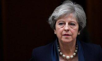 Η Μέι διαβεβαιώνει ότι το κοινοβούλιο θα έχει ουσιαστικό λόγο για τη συμφωνία του Brexit