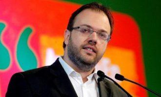 Προειδοποίηση Θεοχαρόπουλου σε Φώφη: Δεν κάνουμε reunion του ΠΑΣΟΚ