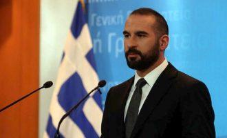 Τζανακόπουλος: Έχει αρχίσει να ξεπερνά τα όρια η συνεχιζόμενη κράτηση των δύο στρατιωτικών