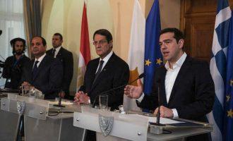 """Ενέργεια και οικονομία """"κλειδώνουν"""" στην τριμερή Ελλάδας-Κύπρου-Αιγύπτου"""