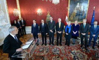 Ο Αυστριακός Πρόεδρος ζήτησε από Κουρτς και Στράχε να σεβαστούν τα ανθρώπινα δικαιώματα