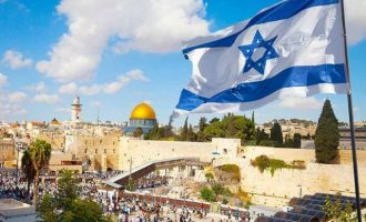 Η Ιερουσαλήμ είναι εδώ και 50 χρόνια ισραηλινή – Οι Άραβες όμως θέλουν τη μισή πόλη δική τους