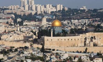 Παλαιστίνιος τρομοκράτης άνοιξε πυρ κατά Ισραηλινών αστυνομικών στην Ιερουσαλήμ