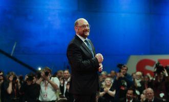 Εκλέχτηκε ξανά πρόεδρος του SPD με 82% ο Σουλτς- Αρχίζουν συνομιλίες με Μέρκελ