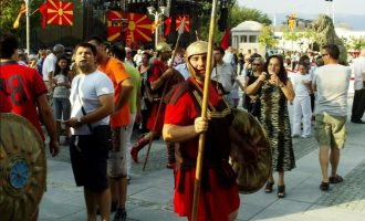 «Η Ρωσία συγκρότησε μέτωπο με τους «αρχαιομακεδόνες» στα Σκόπια»