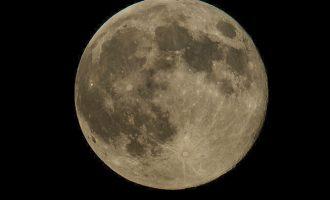 Με μια σούπερ-Σελήνη και τους διάττοντες Τεταρτίδες ξεκινά το 2018