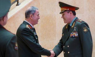 Οι Τούρκοι ζήτησαν από τους Ρώσους άδεια για να επιτεθούν στους Κούρδους της Συρίας