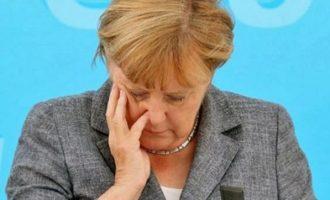 Στελέχη του CDU ζητούν από τη Μέρκελ να εγκαταλείψει την ηγεσία του κόμματος