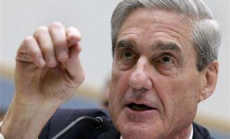 Ο ειδικός ανακριτής Μιούλερ ετοιμάζεται να «αποκαλύψει στοιχεία» για συνεργάτες του Τραμπ