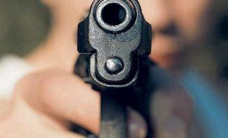 Πέθανε ο 23χρονος που είχε πυροβοληθεί στο κεφάλι στην Ελευσίνα