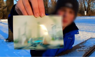 Άνδρας ισχυρίζεται ότι ταξίδεψε στο μέλλον -στο 6000- και έδειξε και… φωτογραφία από τότε (βίντεο)