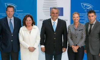 """Όταν η ΝΔ """"κάρφωνε"""" τους προστατευόμενους μάρτυρες στο Ευρωκοινοβούλιο"""