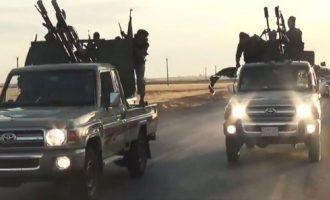 Το Ισλαμικό Κράτος επιτέθηκε σε στρατιωτικό αεροδρόμιο στη Συρία πολλά χιλιόμετρα από τους θύλακές του