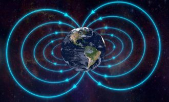 Επιστήμονες ανησυχούν για αντιστροφή των πόλων της Γης – Τι θα πάθουμε εάν συμβεί!