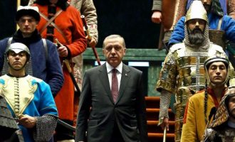 Sole 24 Ore: Η ΕΕ έχει ενοχληθεί από τη νεο-οθωμανική πολιτική του Ερντογάν