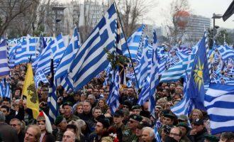 Σε μανία η δεξιά και οι ρωσόφιλοι κινητοποιούν μακεδονοκάπηλους από όλη την Ελλάδα για το Σύνταγμα