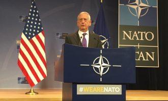 Ο Τζέιμς Μάτις «χάλασε» τα… όνειρα κάποιων στην Ευρώπη: «Η κοινή άμυνα είναι αποστολή μόνο του ΝΑΤΟ»