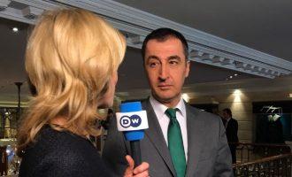 Σωματοφύλακες του Γιλντιρίμ απείλησαν τον Κιρκάσιο πρώην ηγέτη των Πρασίνων Εζντεμίρ στο Μόναχο