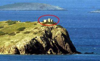 Οι Τούρκοι χτίζουν στρατιωτικό παρατηρητήριο σε νησάκι απέναντι από τα Ίμια (βίντεο)