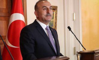 Ο Τσαβούσογλου έκανε σαφές ότι η Τουρκία σκοπεύει να καταλάβει όλη τη βόρεια Συρία