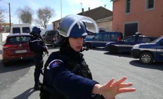 """Σεσημασμένη ως """"ριζοσπαστικοποιημένη ισλαμίστρια"""" η σύντροφος του τρομοκράτη της Γαλλίας"""