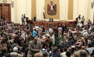 Η αιγυπτιακή Βουλή κατήγγειλε την Τουρκία ότι πραγματοποιεί εθνοκάθαρση στην Εφρίν της Συρίας