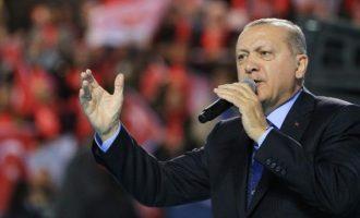 Ερντογάν: «Θα καθαρίσουμε τα πανεπιστήμια από τους κομμουνιστές φοιτητές»