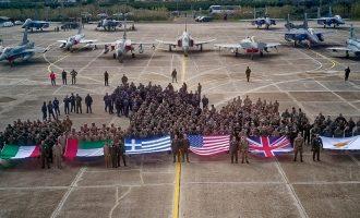 Σε απελπισία το τουρκικό καθεστώς νιώθει ότι «απειλείται» από την Ελλάδα και τους συμμάχους της