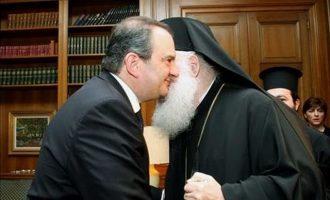 Τι απαντά η Αρχιεπισκοπή για την «εξομολόγηση» Καραμανλή στον Ιερώνυμο