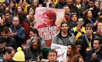 Μπλοκάρουν τους αυτοκινητόδρομους της Καταλονίας λόγω της σύλληψης Πουτζδεμόν