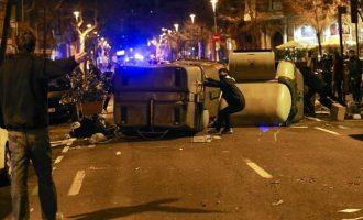 """Τα """"πήραν"""" οι Καταλανοί με τη Μέρκελ για τη σύλληψη Πουτζδεμόν"""