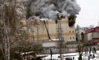 O Πούτιν πήρε κεφάλια για τη πυρκαγιά  με τους 64 νεκρούς στο Κεμέροβο