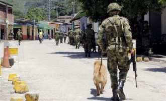 Ο πρόεδρος της Κολομβίας έδωσε εντολή για διαπραγματεύσεις με τον ELN