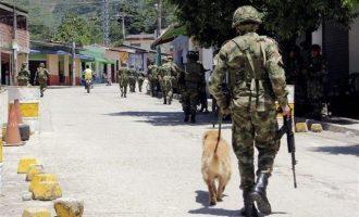 Ξαναρχίζουν οι ειρηνευτικές συνομιλίες μεταξύ κυβέρνησης και ELN στην Κολομβία