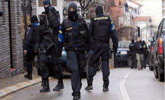 Η Αστυνομία του Κοσόβου συνέλαβε έξι Τούρκους ως «γκιουλενιστές»