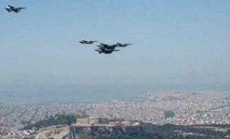 Πτήσεις αεροσκαφών της Πολεμικής Αεροπορίας πάνω από την Αθήνα ενόψει 25ης Μαρτίου