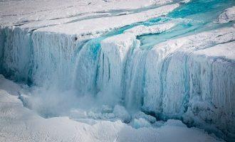 Λιώνει παγετώνας μεγαλύτερος της… Ισπανίας – Θα ανέβει η στάθμη της θάλασσας 3 μέτρα (βίντεο)