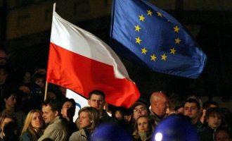 """Γερμανία και Δανία καλούν την Πολωνία να επανέλθει """"στο κράτος δικαίου"""""""