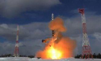 Η Ρωσία προχώρησε στη δεύτερη δοκιμή του διηπειρωτικού πυραύλου «Σατανάς 2»