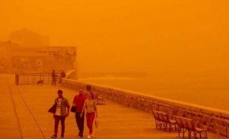 """Σε συναγερμό η Κρήτη από το κύμα αφρικανικής σκόνης που """"καταπίνει"""" το νησί"""