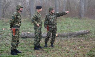 Ο Αρχηγός ΓΕΣ έκανε περιπολία στον Έβρο εκεί που συνελήφθησαν οι στρατιώτες μας – Είμαστε έτοιμοι!