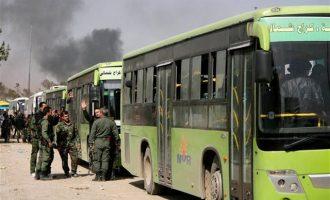 6.749 άμαχοι και ισλαμιστές εγκατέλειψαν με λεωφορεία την Ανατολική Γούτα