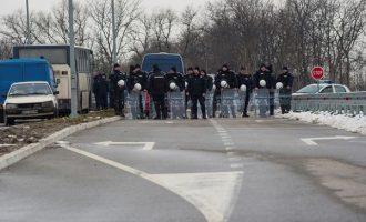 Ένταση στα σύνορα Κοσόβου- Σερβίας λόγω  απαγόρευσης εισόδου Σέρβων πολιτικών στην Πρίστινα