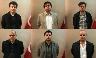 """Εντείνονται οι αντιδράσεις στο Κόσοβο μετά το """"θρίλερ"""" της έκδοσης των 6 Τούρκων"""