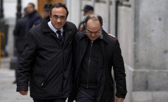 Στη φυλακή πέντε Καταλανοί αυτονομιστές ηγέτες με απόφαση Ισπανικού Δικαστηρίου