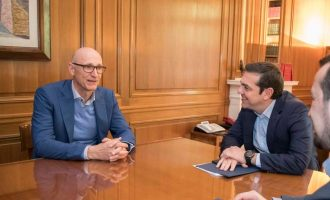 Επενδύσεις μαμούθ 2 δισ. ευρώ ανακοίνωσε η Deutsche Telekom στον Τσίπρα